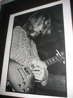 Duane Allman playing 'bird calls' with Slide....