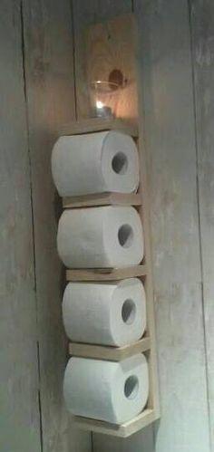 Toiletrolhouder. Briljant sfeervol. :)