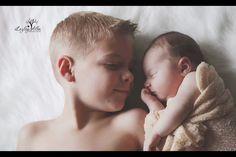 Newborn sibling pose, newborn photography, lezleyalbaphotography.zenfolio.com Newborn Sibling, Sibling Poses, Newborn Photography, Photo Ideas, Face, Shots Ideas, Newborn Baby Photography, The Face, Faces
