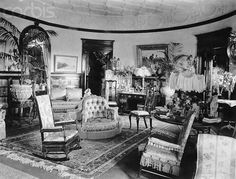 A room filled with all manner of sumptuous fabrics, knick-knacks, ceramics and accessories was a sign of wealth and opulence for the Victorians Victorian Rooms, Victorian House Interiors, Victorian Furniture, Victorian Decor, Vintage Interiors, Victorian Era, Victorian Fashion, Old Room, Second Empire