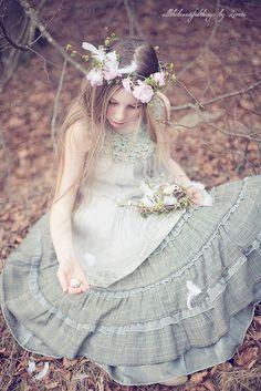 Easter Fairy by loretoidas, via Flickr