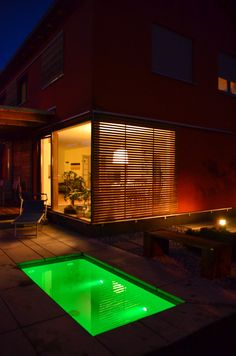 @wat Meersalzwasser-Tauchbecken / Minipool | homify Mini Pool, Land Scape, Blinds, Modern, Curtains, Mansions, House Styles, Outdoor Decor, Home Decor