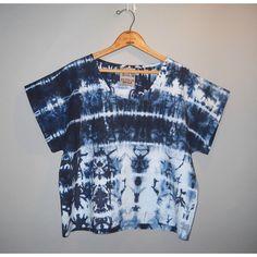 indigo blue shibori striped boxy top // by StephanieRasulo - would make it a bit longer Sewing Clothes, Diy Clothes, Clothes For Women, Tie Dye Fashion, Shibori Tie Dye, Boxy Top, Clothing Patterns, Women's Clothing, Batik Dress
