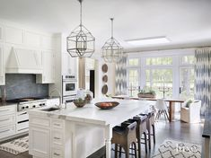 White Contemporary Kitchen | LuxeSource | Luxe Magazine - The Luxury Home Redefined