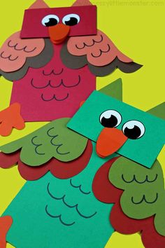 Paper bag Animal Puppets - A fun owl craft for kids DIY Paper Lanterns Paper lanterns come in divers Fish Crafts, Owl Crafts, Plate Crafts, Paper Bag Crafts, Paper Crafts For Kids, Paper Crafting, Preschool Christmas Crafts, Classroom Crafts, Spring Crafts For Kids