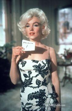 Marilyn Monroe Costume & Hair Tests- Somethings Got To Give Marilyn Monroe 1962, Costume Marilyn Monroe, Style Marilyn Monroe, Glamour Hollywoodien, Vintage Glamour, Hollywood Glamour, Hair Test, Actrices Hollywood, Marlene Dietrich