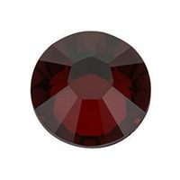 According to tradition, the birthstone for July is the amazing ruby. Its intense color speaks of passion, love, and everlasting fire. And this makes it the perfect emblem of eternal love. South Hill Designs, Eternal Love, Birthstones, Decorative Bowls, Swarovski Crystals, Backyard, Passion, Fire, Color