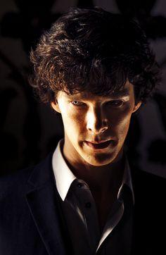Benedict Cumberbatch as Sherlock, love the lighting Sherlock Bbc, Benedict Sherlock, Benedict Cumberbatch Sherlock, Martin Freeman, The Science Of Deduction, Vatican Cameos, Mrs Hudson, Sherlolly, 221b Baker Street