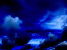 ▶ Himmlische Schmunzelgeschichten mit biblischem Hintergrund - YouTube Northern Lights, Clouds, Nature, Youtube, Travel, Outdoor, Rich Life, History, Outdoors
