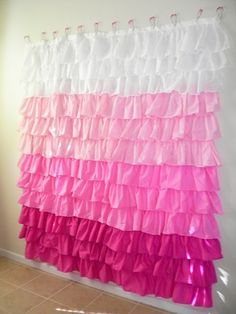 DIY Ruffle Shower Curtain tutorial in shades of pink for a girls bathroom. Maybe for a bed skirt, or curtains. Cortina Box, Party Kulissen, Ruffle Shower Curtains, Diy Curtains, Bedroom Curtains, Window Curtains, Cottage Curtains, Bedroom Windows, Kitchen Curtains