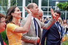 In Pictures: The Cambridges' Royal Tour Continues