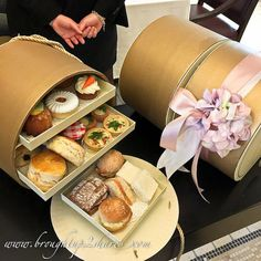 Limited edition Elegant Afternoon Tea Box @ Majestic Kuala Lumpur in a beautifully designed three-tier takeaway carry box that will include all of your Afternoon Tea favourites. Afternoon Tea Hamper, Afternoon Tea Stand, Afternoon Tea Recipes, Afternoon Tea Parties, Afternoon Tea At Home, Food Business Ideas, Vegan Teas, Bakery Packaging, Creative Desserts