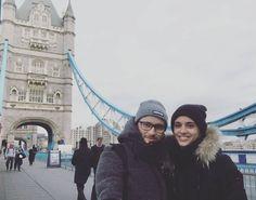 Ma allora non eri da solo a Londra! #morosimussi #tourist #photo #photooftheday #london #towerbridge #toweroflondon #towerhill #uk #unitedkingdom #we #couple #mianormali #partner #love #tourism #travelling #travel #journey #visit #visitlondon #londonlive #trip #shots #selfie #togheter #cold #walking #londoncity #bridge by serena_bon