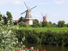 Zwillingsmühlen in Greetsiel Ostfriesland