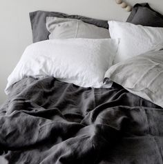 100% Pure Natural linen Duvet cover and Pair of Pillowcases. Stonewashed for a relaxed and incredibly soft feel. Colour : Slate All our Linen is sourced from France, And are exclusively produced from West European long flax fibres which give them a very high level of quality. Our linen duvets are finished with beautiful mother of pearl buttons.
