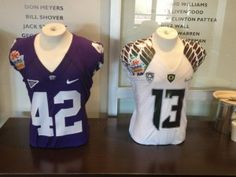 Here's the first look at the Kansas State and Oregon jerseys for the 2013 BCS Fiesta Bowl.