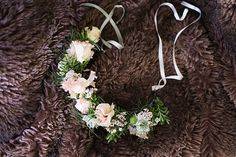 Pale pink and green flower crown - natural organic wedding inspiration // Jenny Owens Photography // The Natural Wedding Company Pale Pink, Pink And Green, Wedding Company, Las Vegas Weddings, Flower Crowns, Green Flowers, Blue Wedding, Grapevine Wreath, Wedding Bouquets