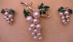 Vintage signed Coro grapes brooch and earrings