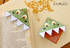 Lola Wonderful_Blog: DIY Día del libro - Sant Jordi: Marcapáginas imprimibles gratuitos Lola Wonderful, Castle Crafts, St Georges Day, Corner Bookmarks, Oragami, Dragon, Saint George, Triangle, Projects To Try