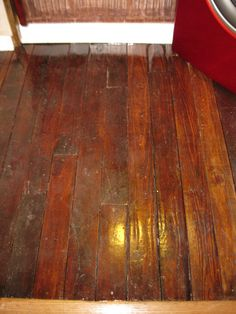 Pallet Floor - want to do this in my bathroom; maybe the rest of the house if it turns out well