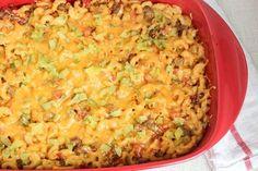 Recipe: Skinny Cheeseburger Casserole 255 calories a serving! Skinny Recipes, Ww Recipes, Cooking Recipes, Skinny Meals, Skinny Mom, Side Recipes, Potato Recipes, Vegetable Recipes, Healthy Casserole Recipes