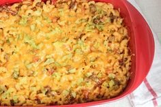 Recipe: Skinny Cheeseburger Casserole.... I think I would modify this a bit, but I like the overall idea.... And that its freezable! Nothing like cooking ahead of time !