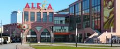Berlin - Alexanderplatz - visitBerlin.de: Im Jahr 2007 wurde das Einkaufszentrum Alexa mit 180 Einkaufsmöglichkeiten und 17 Restaurants eröffnet, zwei Jahre später das Pendant Die Mitte.