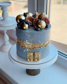 Elegant Birthday Cakes, Pretty Birthday Cakes, Elegant Cakes, Bolo Glamour, Birthday Cake For Him, Birthday Cake For Boyfriend, Beautiful Cake Designs, Classic Cake, Birthday Cake Decorating