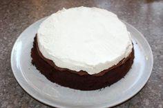 Čokoládová torta s mascarpone a ovocím, Torty, recept | Naničmama.sk Tiramisu, Food And Drink, Cake, Desserts, Mascarpone, Tailgate Desserts, Deserts, Kuchen, Postres