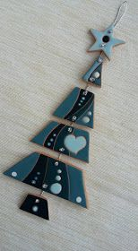 ceramic as a craft: cheerful and original Christmas trees. Wall decoration - ceramic as a craft: cheerful and original Christmas trees. Christmas Makes, Christmas Art, Christmas Projects, Xmas, Clay Ornaments, Holiday Ornaments, Holiday Crafts, Polymer Clay Christmas, Polymer Clay Crafts