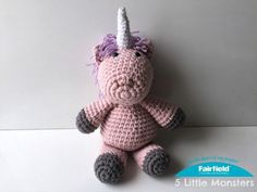 I know lots of little girls that love unicorns, including my daughter. For Christmas I decided to make her a stuffed unicorn doll. I had the idea to make it shortly before Christmas so I wanted something that I could make fast but I also wanted it to be pretty big. To achieve those two things at the same time I decided to double up the yarn, working with two strands at once and a bigger hook. You could probably get a similar effect with a bulky weight yarn but I used two strands of worsted…