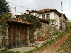 Моят свят и моите преживявания. . . :: Село Свежен през есента – един малък и съкровен бисер, скрит в прегръдката на Съ... Bulgarian, Cabin, House Styles, Home Decor, Art, Paisajes, Craft Art, Bulgarian Language, Room Decor