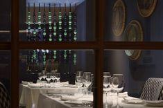 "Trèsind, Dubai - dpa lighting consultants - ""Right Light, Right Place, Right Time"" ™ Restaurant Lighting, Restaurant Bar, Linear Lighting, Lighting Design, Low Lights, Ceiling Lights, Blue And White Wallpaper, Dubai Hotel"