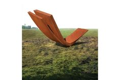 Exhibition of sculptures by the notable American sculptor Beverly Pepper opens at Marlborough Chelsea