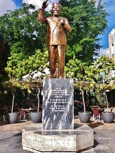 Moises Frumencio da Costa Gomez First Prime Minister Of Curacao