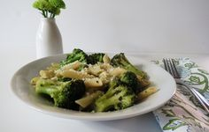 Penne Pasta with Broccoli and Cheese - I wonderful healthy quick dish that can be made in under 30 mins.