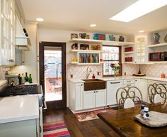 Elegant-Copper-Sink-convention-Austin-Eclectic-Kitchen-Remodel-ideas-with-apron-sink-Austin-Cabinets-660x540.jpg (660×540)