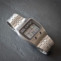 Seiko 1977 Vintage LCD Chronograph Steve Jobs Watch Stainless Steel in Jewellery & Watches, Watches, Parts & Accessories, Wristwatches Retro Watches, Vintage Watches, Cool Watches, Diamond Watches For Men, Field Watches, Timex Watches, Digital Watch, Seiko, Vintage Ads