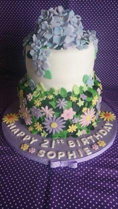 Hydrangea cake with flower meadow