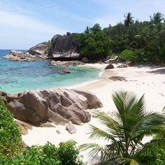 la plage de la digue aux seychelles