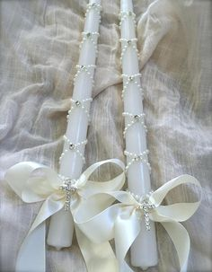 Items similar to Pearl Wrapped Candle with Crystal Cross and Ivory Satin Ribbon on Etsy Wedding Unity Candles, Diy Candles, Baby Girl Christening Cake, First Communion Decorations, Faith Crafts, Christmas Gift Card Holders, Baptism Candle, First Holy Communion, Crystal Cross