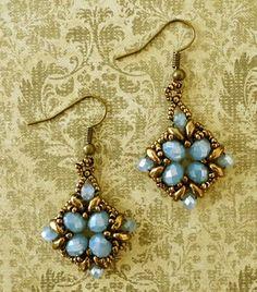 Linda's Crafty Inspirations: Lace Flowers Variation Bracelet & Earrings Set - Lilac