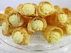 You will find here various recipes mainly traditional Romanian and Mediterranean, but also from all around the world. Cream Horns, Romanian Food, Romanian Recipes, Snack Recipes, Snacks, Fusilli, Eclairs, Recipies, Chips