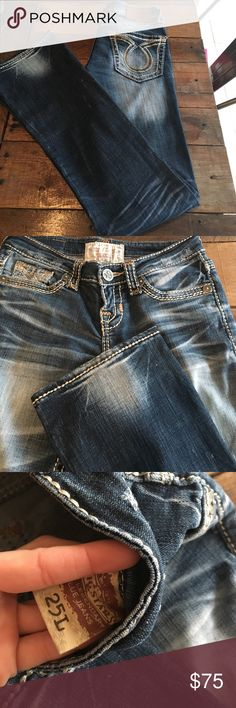Big Star Liv Bootcut Jeans Barely worn distressed jeans from the Buckle. Big Star Jeans Boot Cut