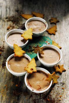 Mais pourquoi est-ce que je vous raconte ça... Dorian cuisine.com: Jingle bells jingle bells jingle all the way ! Chocolat chaud parfumé et p'tits biscuits aux épices en attendant Noël !