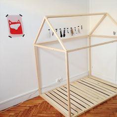 Diy le fameux lit cabane t te d 39 ange bricolage - Construire un lit cabane soi meme ...