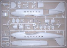 DC-3 Dakota model aircraft in the box pictures and info