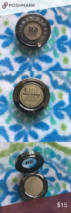 Urban Decay Maui Wowie eye shadow new and unused Urban Decay Maui Wowie eye shadow new and unused Urban Decay Makeup Eyeshadow