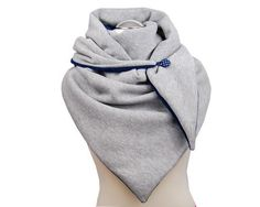 Sandra Rodriguez's media content and analytics Diy Fashion Scarf, Diy Scarf, Dog Fleece, Madame, Fall Winter Outfits, Neck Warmer, Scarf Styles, Fingerless Gloves, Sewing Patterns