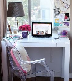 theeverygirl:  Lucite chair + classic parson's desk
